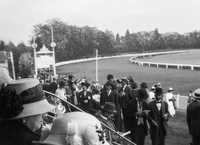 Historic Kentucky Derby Photo