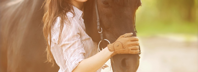 How to Decrease Your Horse's Risk of Colic with Nutrition Management